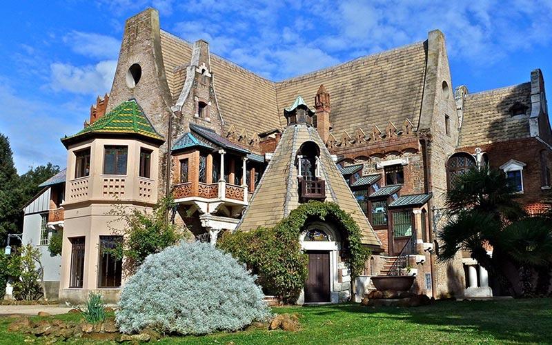 Owls little House Villa Torlonia Rome